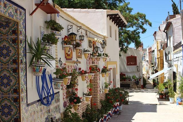 In het voor- en najaar organiseert Talengroep Flevoland een aantal fantastische Spaanse taalreizen naar de Costa Blanca Zuid in Spanje.